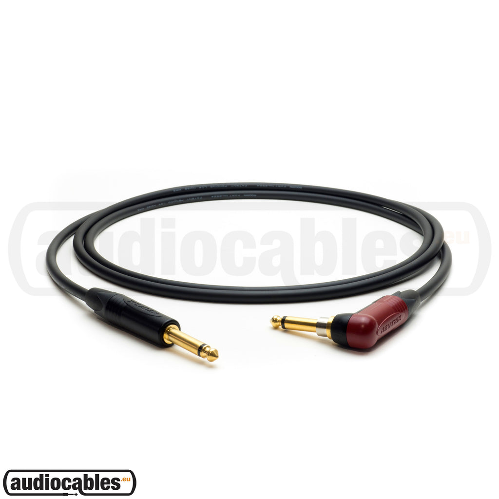 Mogami 2524 Instrument Cable w/ Neutrik Gold Plugs (Silent & Single Angled)