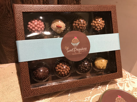 12 Unit Deluxe Brigadeiro Gift Box- Mixed Flavors