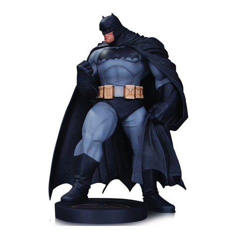 Designer Series Dark Knight III: The Master Race Batman by Andy Kubert Statue