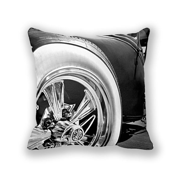 Radir Wheel Throw Pillow