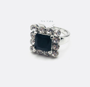 Square Black and White Gemstone Fashion Ring Size 9 - Synonyco.com