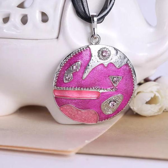 Pink Round Necklace - Synonyco.com