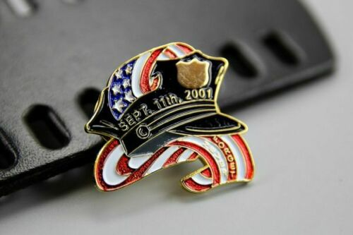 US Flag WTC 911 2001 Memorial Pin Badge Never Forget - Synonyco.com