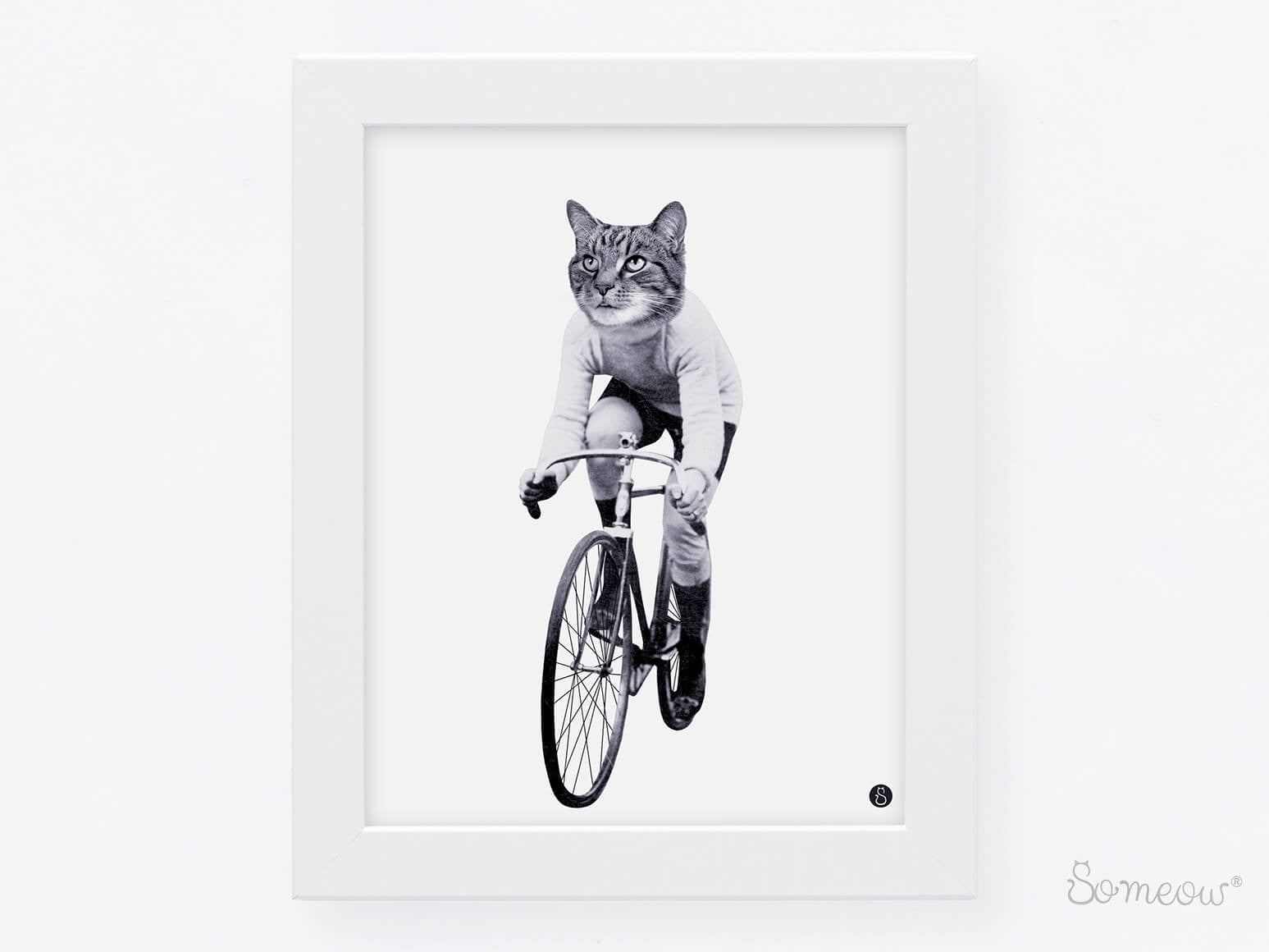 Cat on Bike – Affiche de chat à vélo en noir et blanc