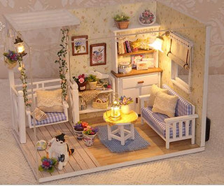 Magical Dollhouse - My Kitten Story Series - Charmora.com