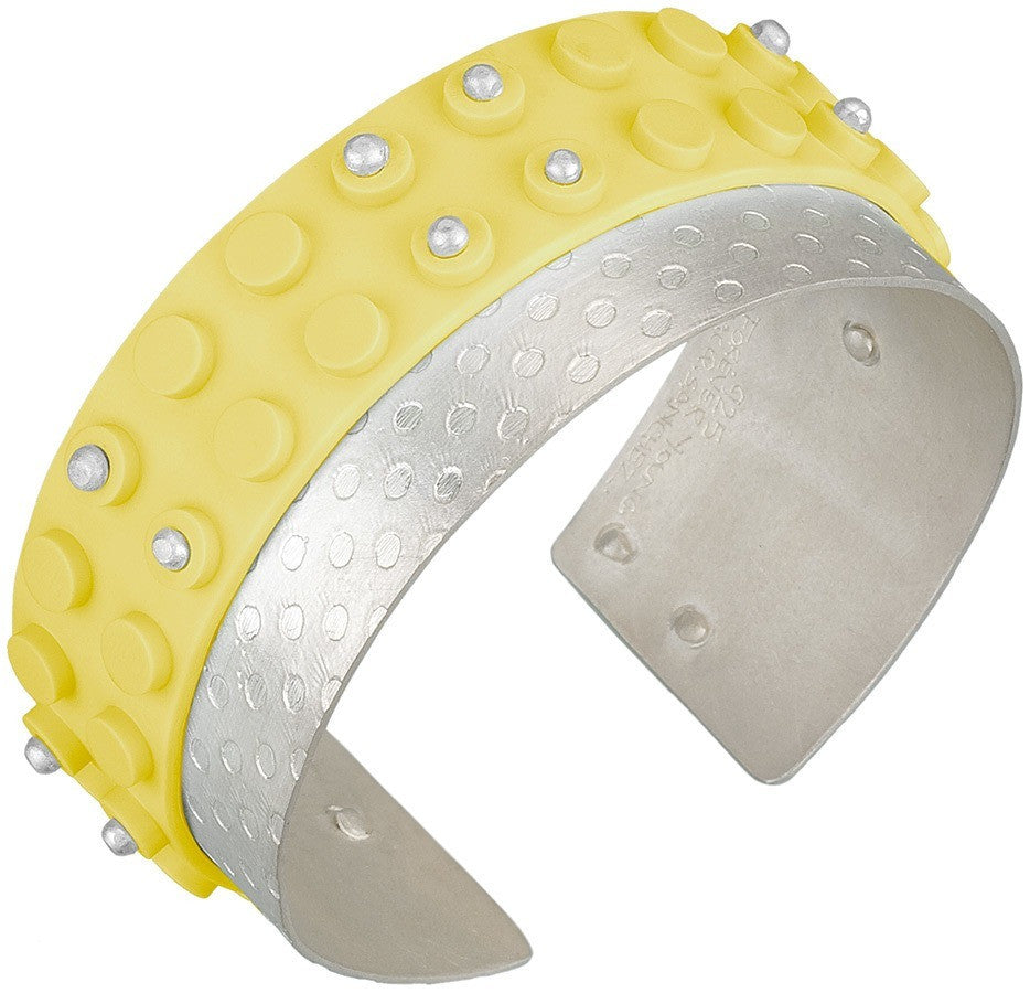 Fabricated cuff bracelet with flat plate