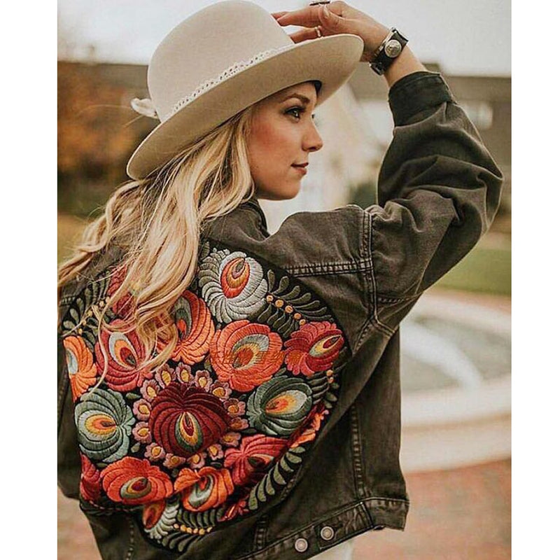 Nostalgia Boho  Denim  jacket  floral appliques Embroidery vintage