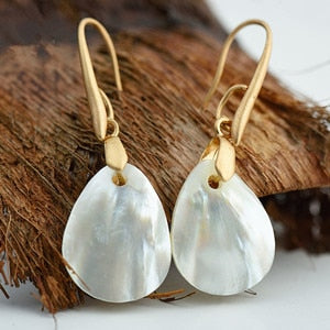 2018 Nostalgia  Natural Shell Pendant Dangle Earrings - Nostalgiastyles Clothing Store Co.