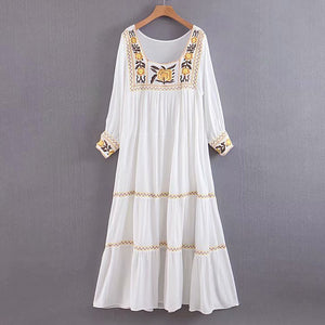 Nostalgia  tunic white dress  floral embroidery long sleeve