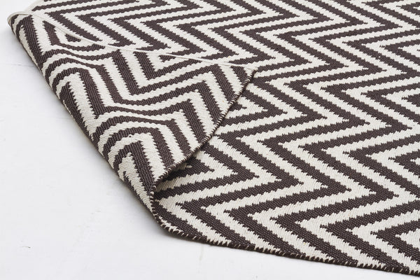 Abode Chevron Rug - Chocolate