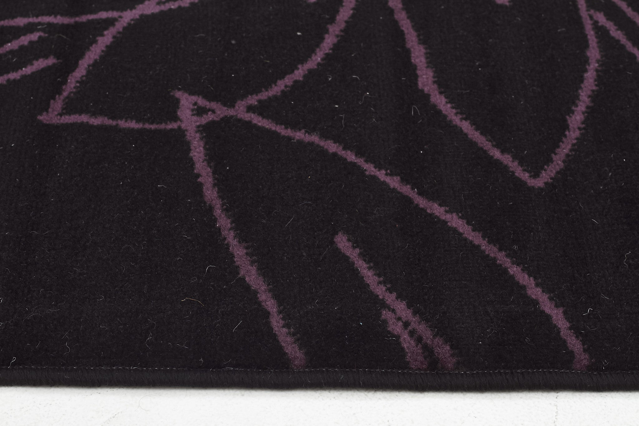 Flower Outline Rug Black Purple