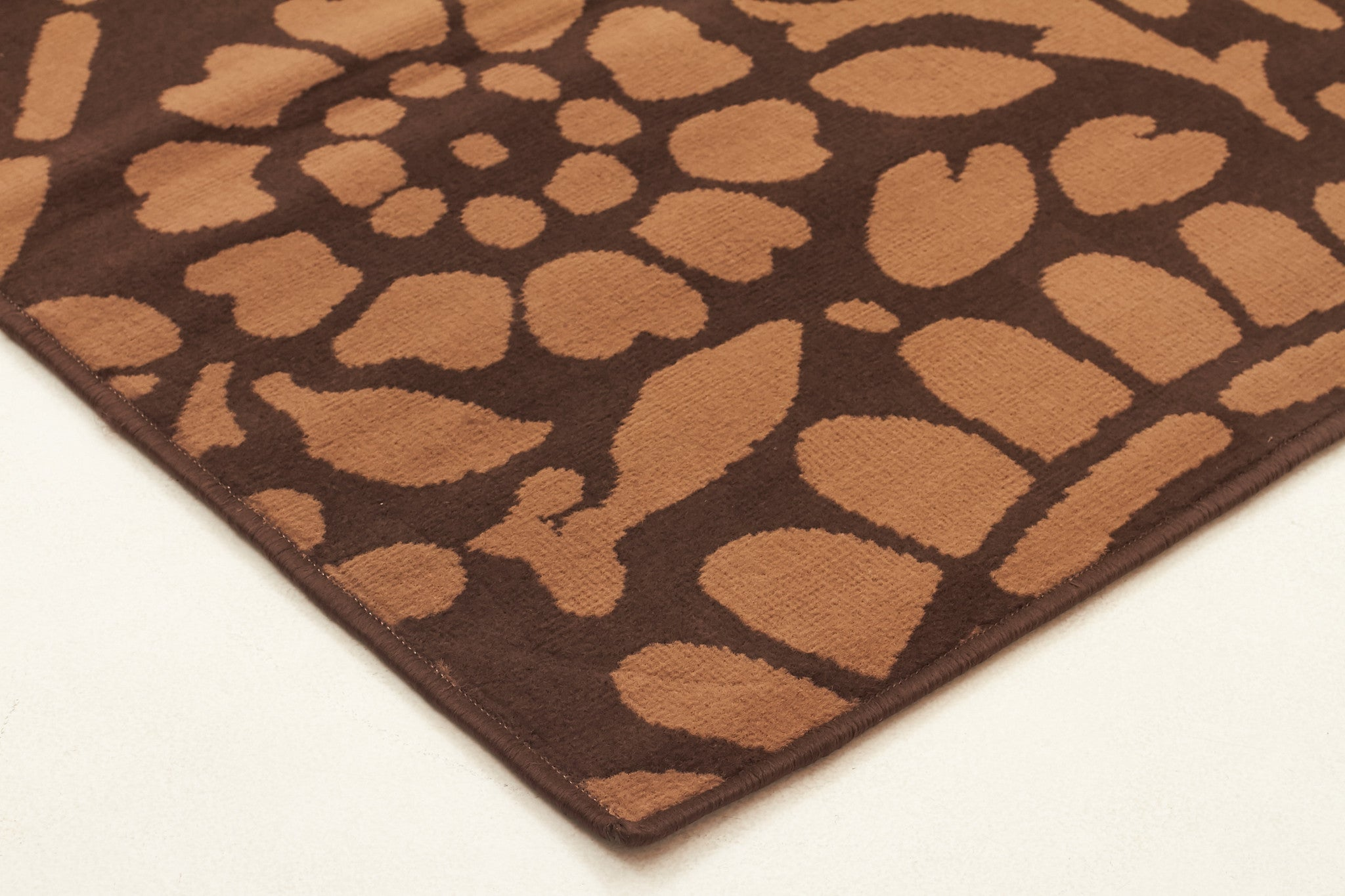 Funky Paisley Design Rug Brown
