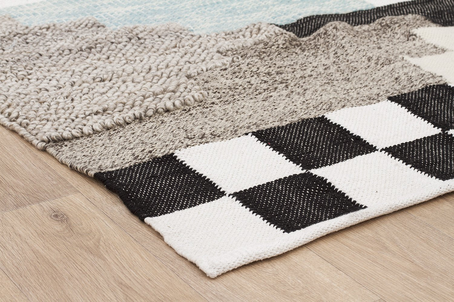 Everest Cross Multi Rug