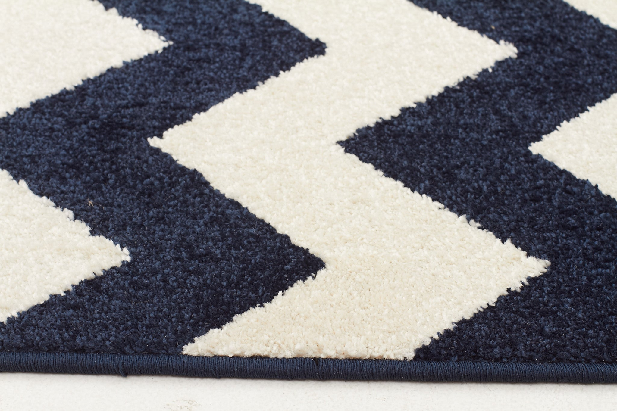 Marquee 305 Rug - Navy