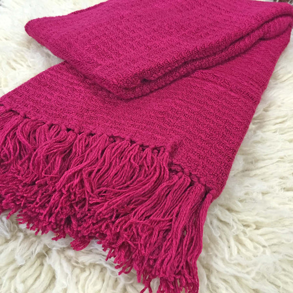 Nicky Throw Fuschia Pink