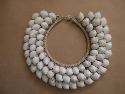Tribal Shell Necklace (White)