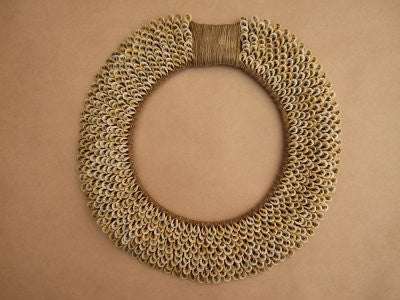 Tribal Shell Necklace (Brown)