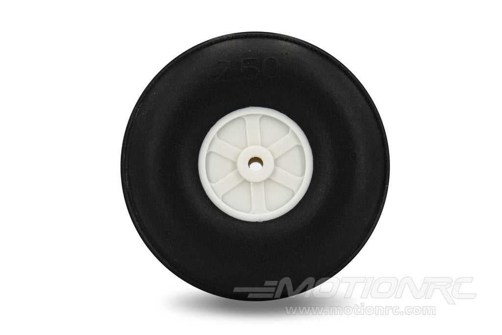"BenchCraft 64mm (2.5"") x 24mm Treaded Ultra Lightweight Rubber PU Wheel for 3.1mm Axle BCT5016-077"