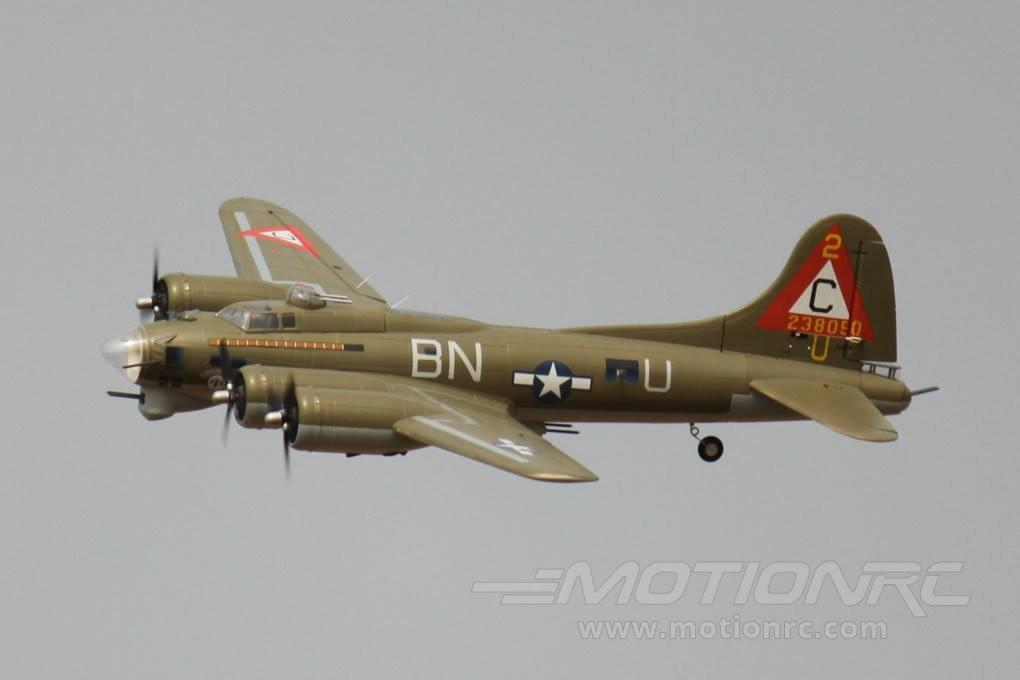"Freewing B-17 Flying Fortress Green 1600mm (63"") Wingspan - PNP FW30421P"