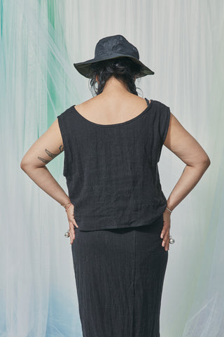 Essence Tank / Black Seersucker