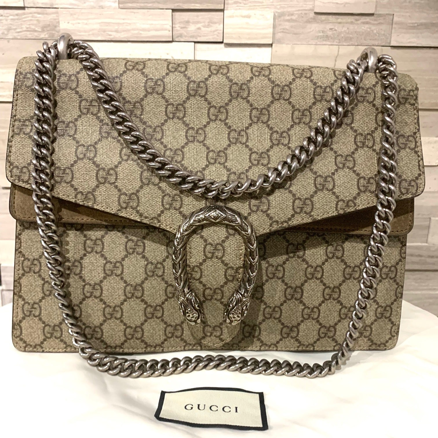 fd2a80ecb Gucci Dionysus GG shoulder bag – Beccas Bags Boutique