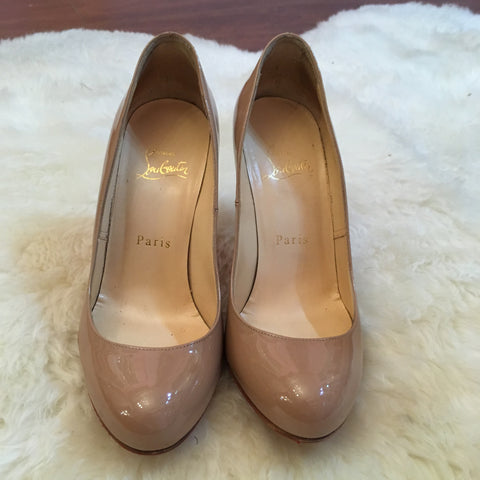 Louboutin Simple Pump in Patent Nude