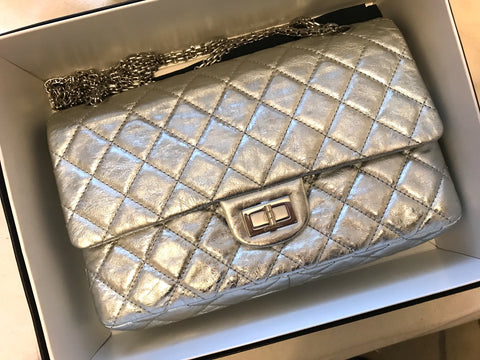 Chanel reissue 227