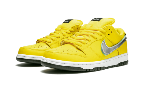 Nike Skateboard dunk low diamond canary yellow sneaker