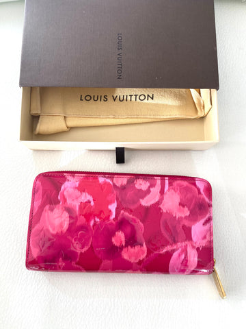 Louis Vuitton rose Indien ikat wallet
