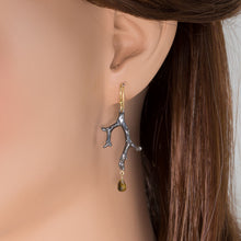 Load image into Gallery viewer, Sapphire Tree Branch Drop Earrings