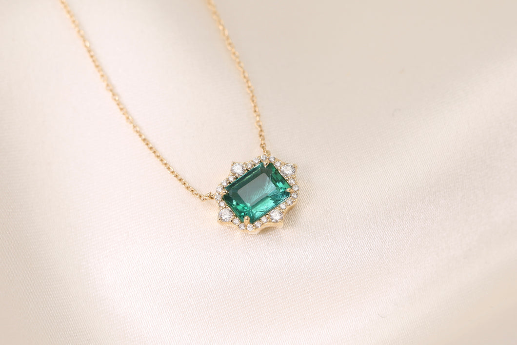 Emerald Art Deco Diamond Necklace