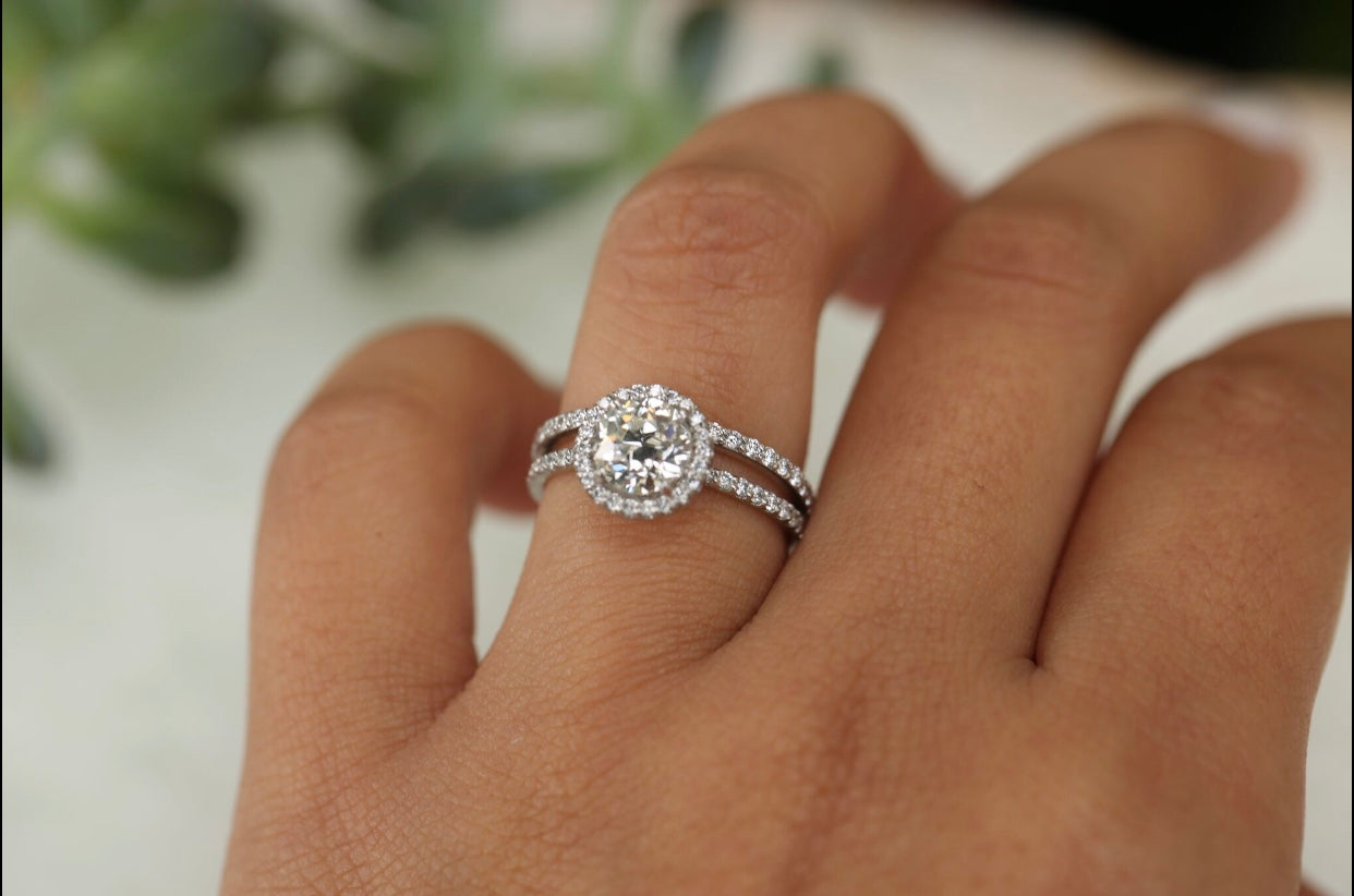 Contoured Curve Diamond Band Ring