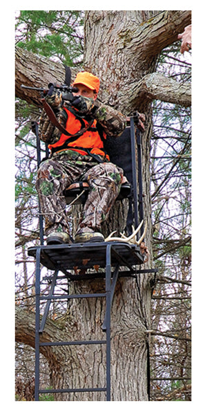 Deer tree stand hunting