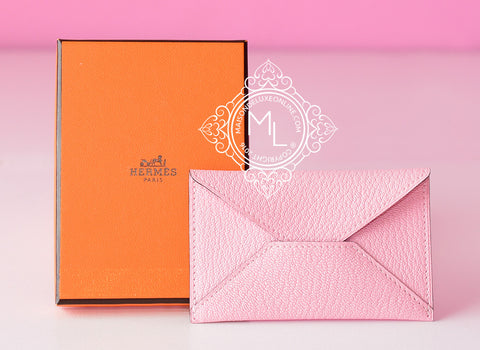 Hermes Rose Sakura Chèvre Mysore Envelope Card Case Holder - New - MAISON de LUXE - 1