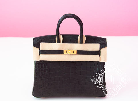Hermes Noir Black Matte Crocodile Gold Birkin 25 Handbag - New
