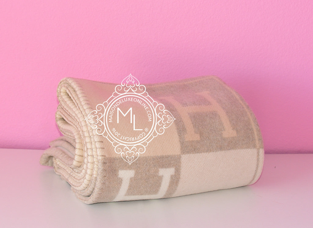 Hermes Large Camomille Beige Wool Cashmere H Avalon III Blanket - New - MAISON de LUXE - 1