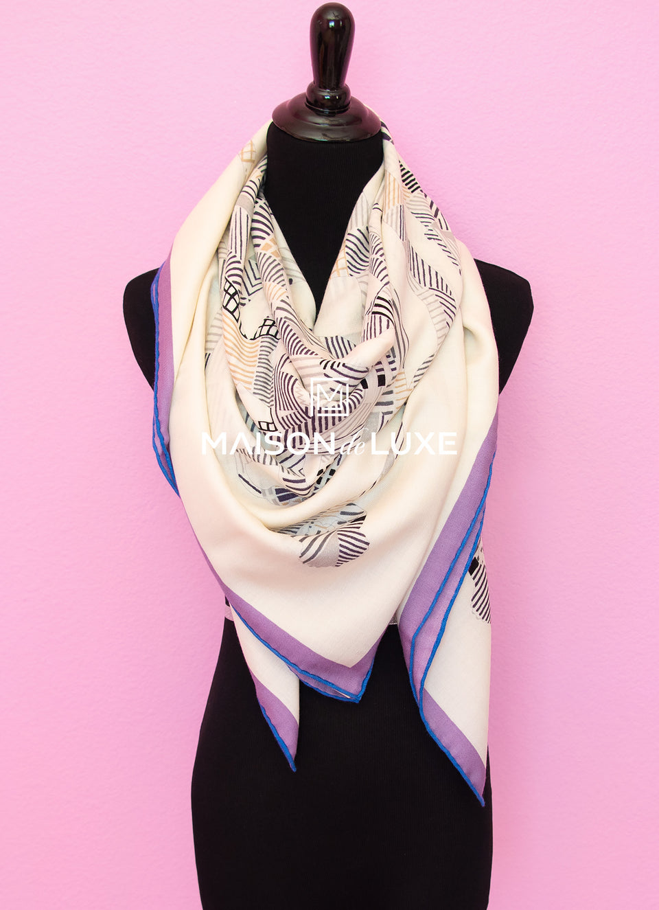Hermes Cashmere 140 GM White Cavalcadour Morning Shawl Scarf