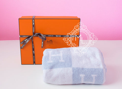 Hermes Classic Blue H Avalon Large Bath Towel - New