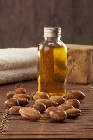 Argan Carrier Oil - Essential Oils by Mistico Mimi - 2 Copyright: <a href='http://www.123rf.com/profile_paoloairenti'>paoloairenti / 123RF Stock Photo</a>
