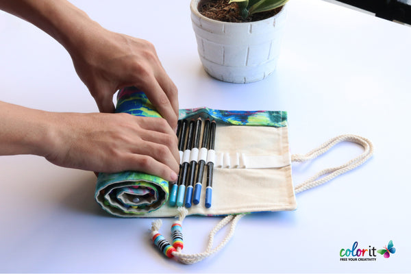 creeogo roll-up pencil wrap