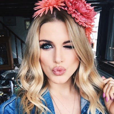 we chat to Ashley James