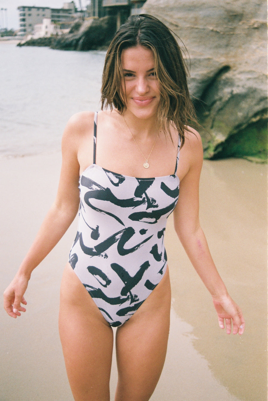 one piece swimsuit, ele swims, black and white
