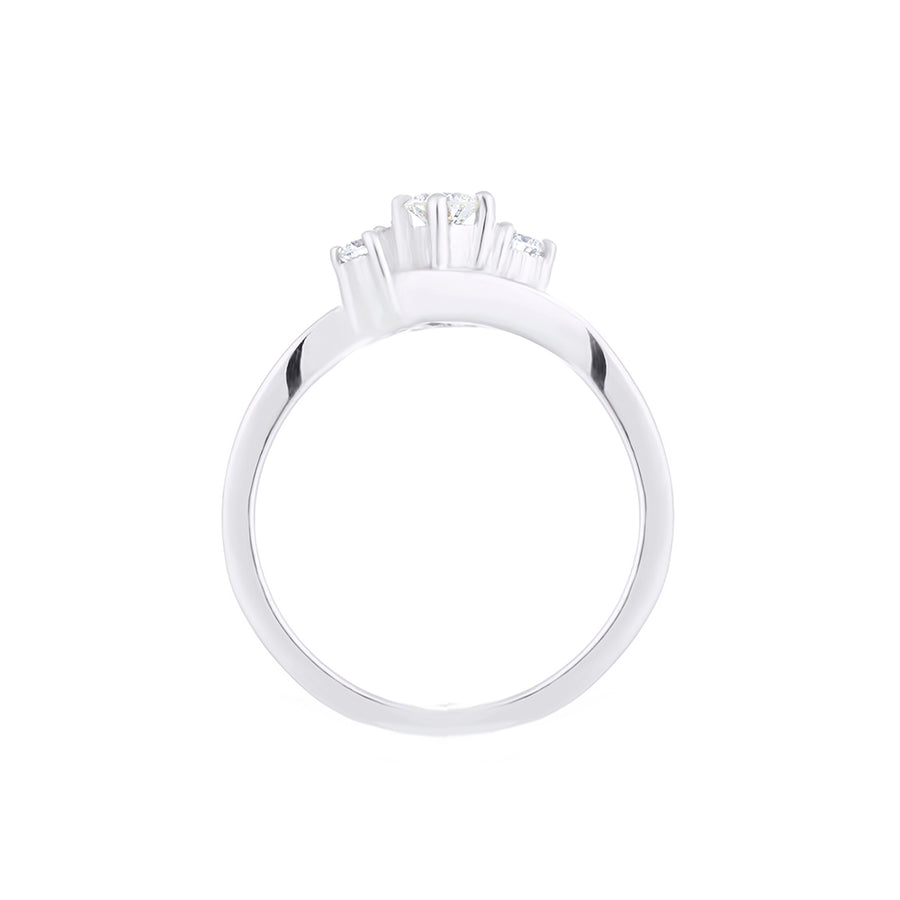 SOLITAIRE DIAMOND RING IN WHITE GOLD