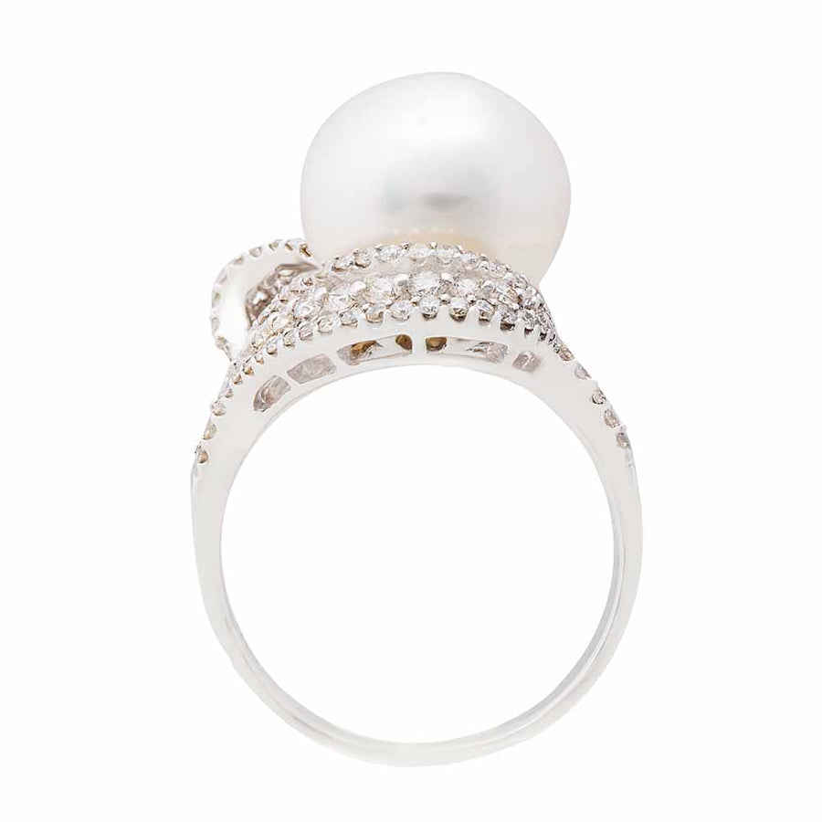 Diamond Pearl Ring Top View