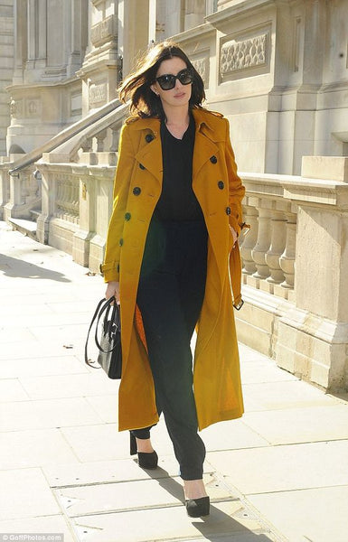 Anne Hathaway - trench coat