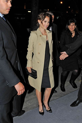 Nathalie Portman in a Dior trench coat