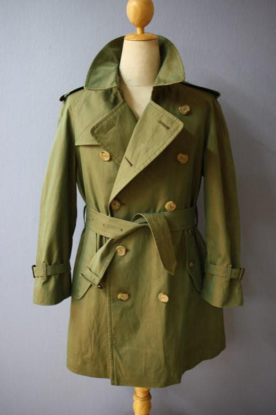 Front Burberry trench coat