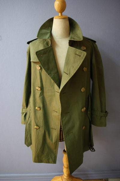 Burberry Coat front open