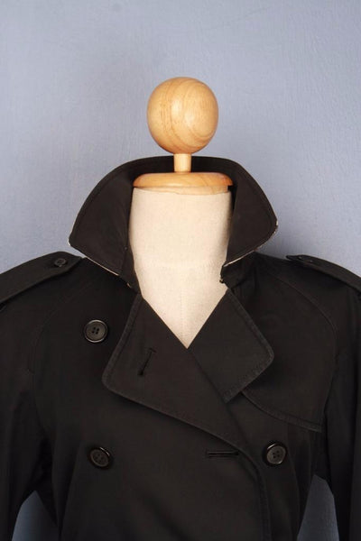 Black Burberry Trench Coat Collar