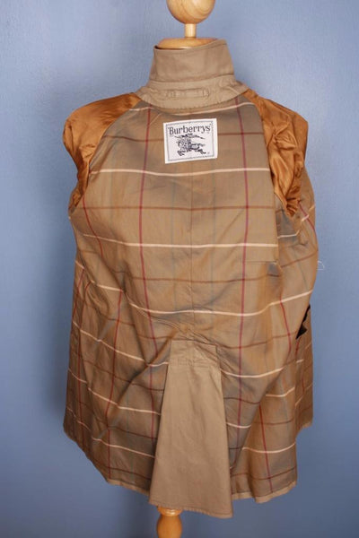 Beige Burberry Short Trench Coat Lining